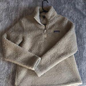 Gently worn Sherpa Patagonia 1/4 zip!!